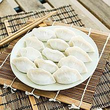 一年 白菜猪肉水饺 500g